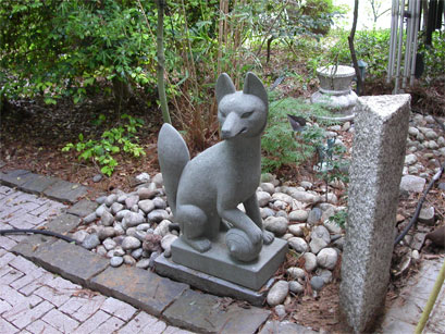 Granite Asian Hand Carved Art Pieces For Japanese Garden